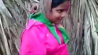 Indian young desi village white sweethearts fucking outdoor ...