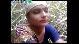 Desi village aunty getting screwed outdoor