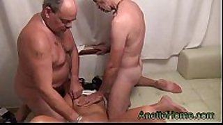 Threesome with an amateur pair on my 24h voye...