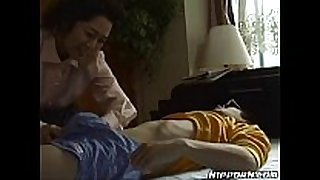 Mature japanese sweetheart pleasing her juvenile boyfriend